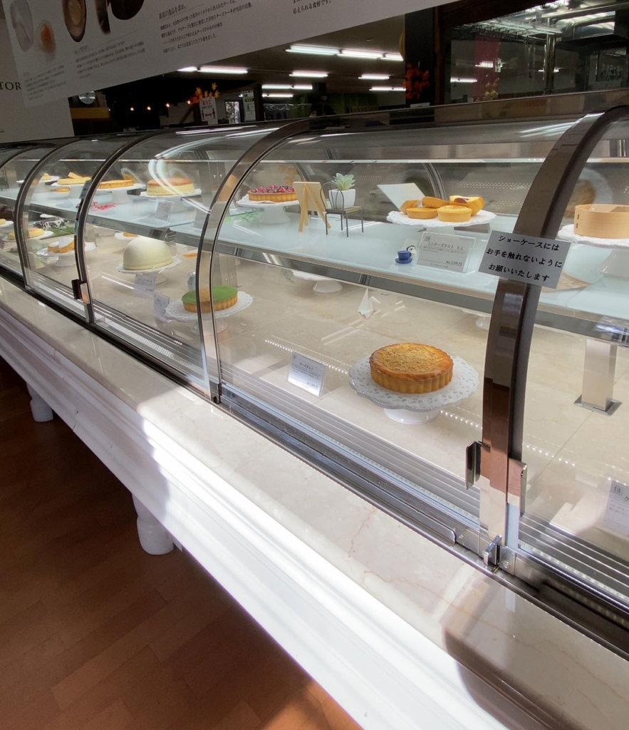 チーズケーキはホール売りが主