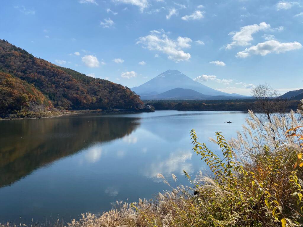 ギリ逆さ富士in精進湖