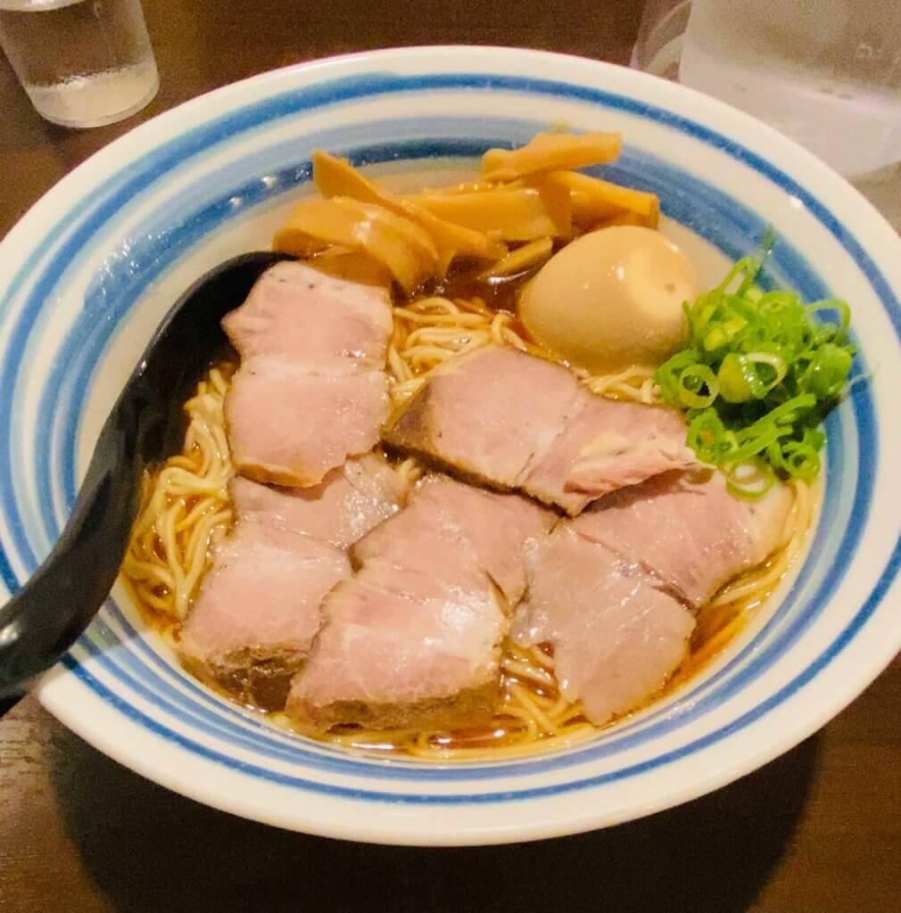 HINCHIの鶏醤油ラーメン(ふつう)