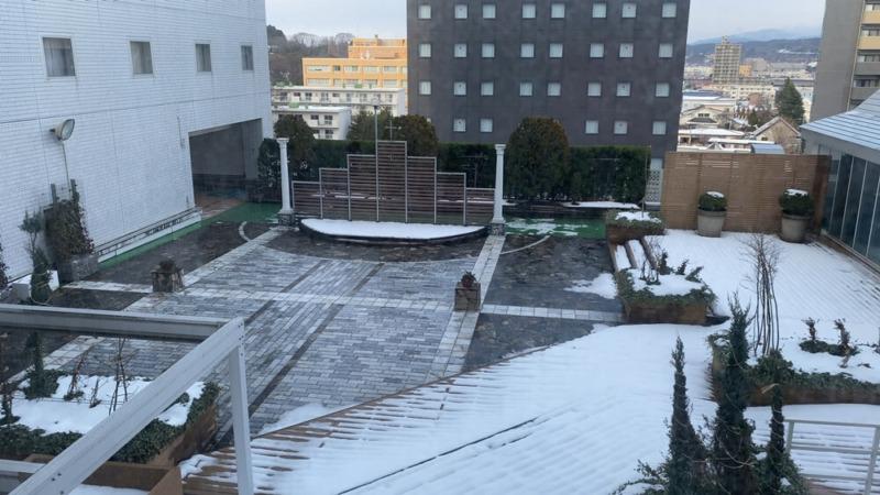 秋田ビューホテルから見た風景。これは屋外ウェディングの気配