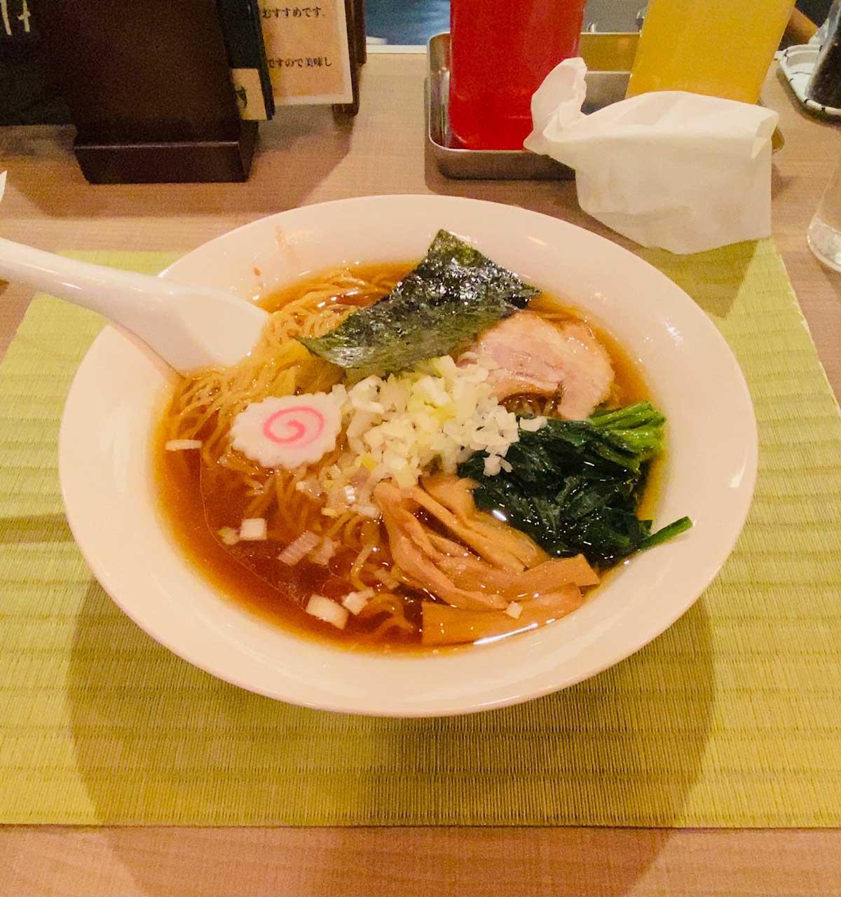 麺道場YAWARAの中華そば